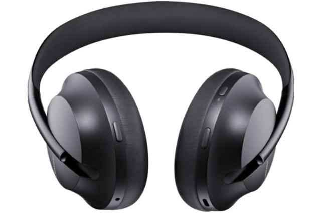 Bose Noise Cancelling 700 review vergeleken met Quietcomfort