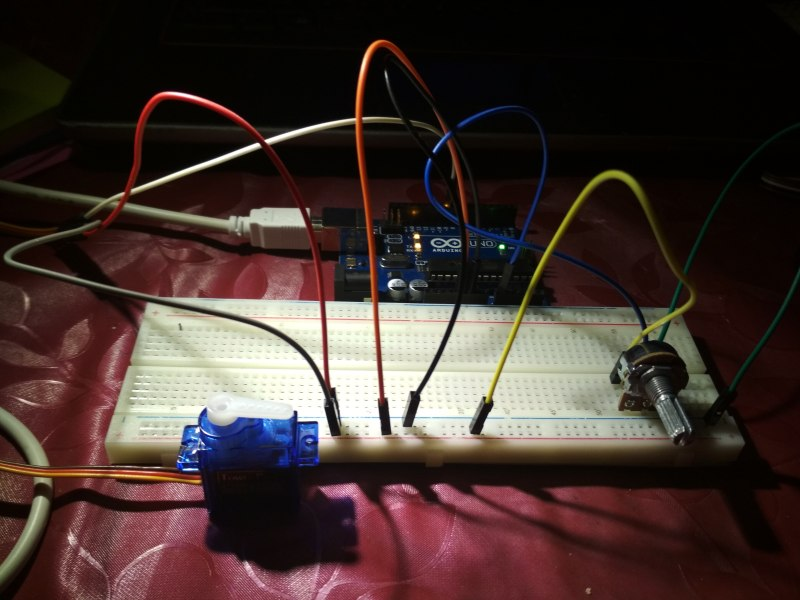 Arduino: Project 22: Control Servo with potentiometer