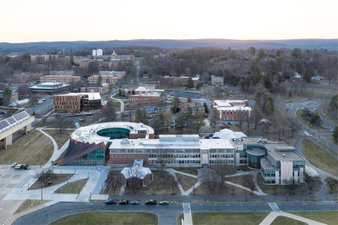 Isenberg School Of Management Business Innovation Hub By