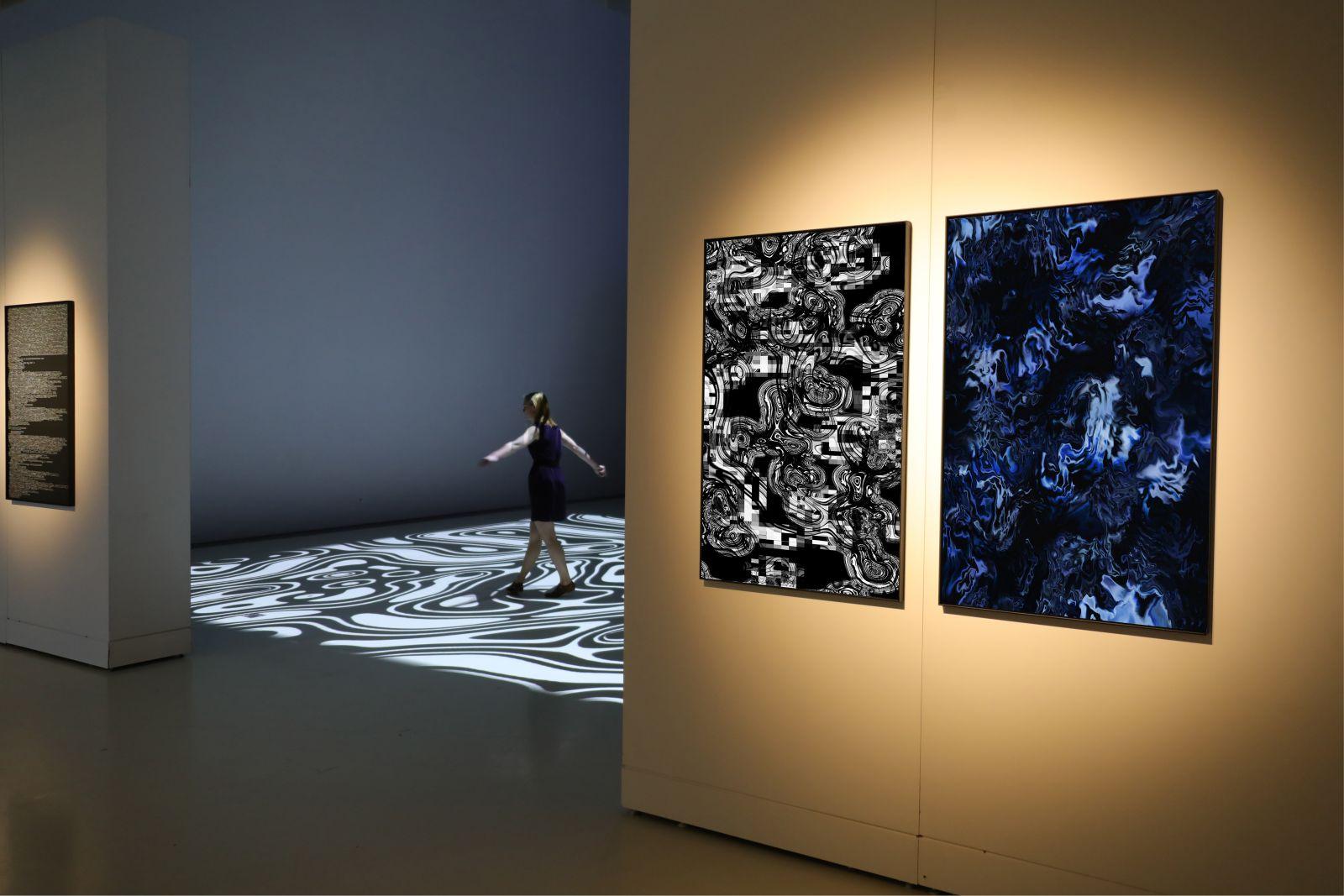 Pixels Noir Lumiere 2019 By Miguel Chevalier 18