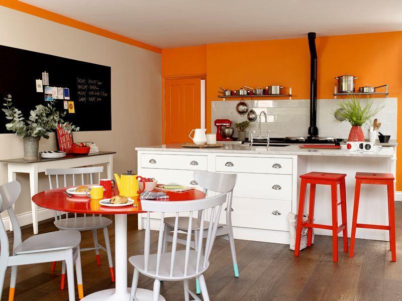 peinture de couleurs sur vos meubles