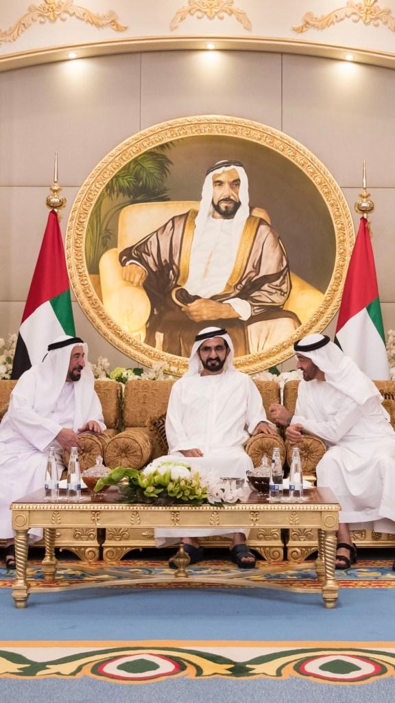 محمد بن راشد ومحمد بن زايد يستقبلان حكام الإمارات وأولياء العهود ونواب الحكام ويتبادلون التهاني بحلول شهر رمضان المبارك #الإمارات
