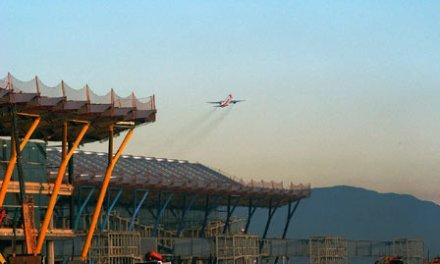 La FRAVM pide la retirada del último mapa estratégico del ruido de Barajas
