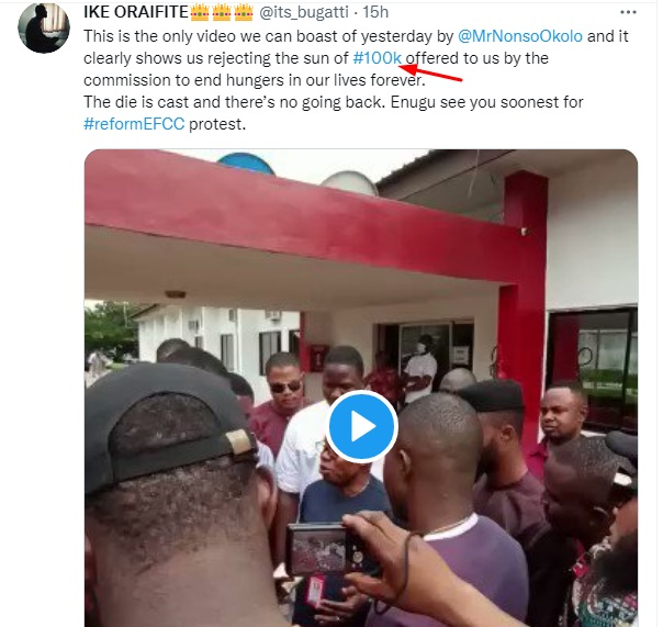 Man shares VIDEO of the Moment Igbo Youth Organizations Rejected EFCC N100k Offer during Protest in Enugu