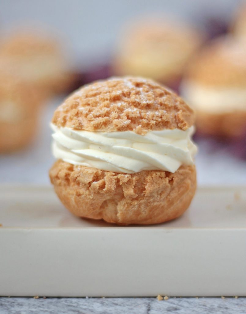 One Choux Cream filled with Cream.
