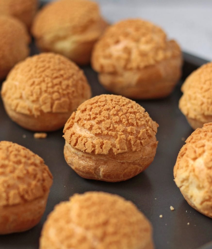 Choux Buns with Craquelin