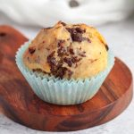 Close up on one Muffin on a wooden board