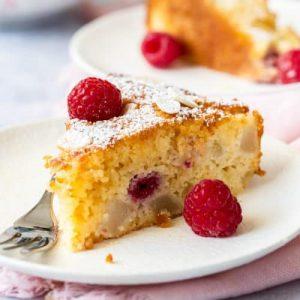 Pear Raspberry Cake