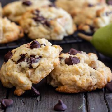 Pear Drop Cookies