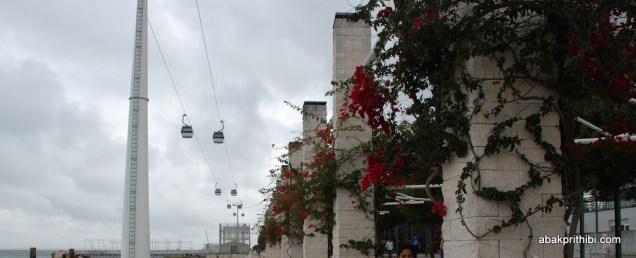 Promenade, cable cars (2)