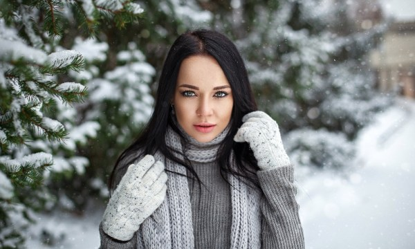 10 Valuable & Essential Tips For Haircare In Fall And Winter