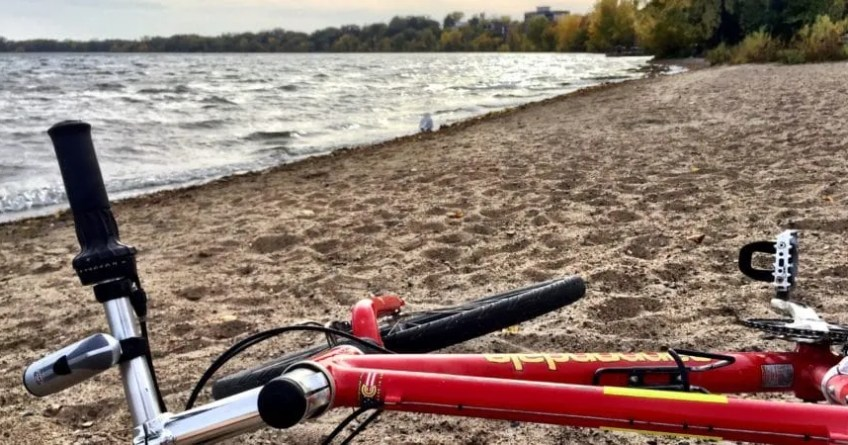 My old mountain bike on Lake Calhoun