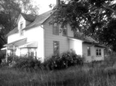 Abandoned Farmhouse -5-15 12.jpg PS
