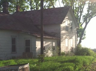Abandoned Farmhouse -5-15 2