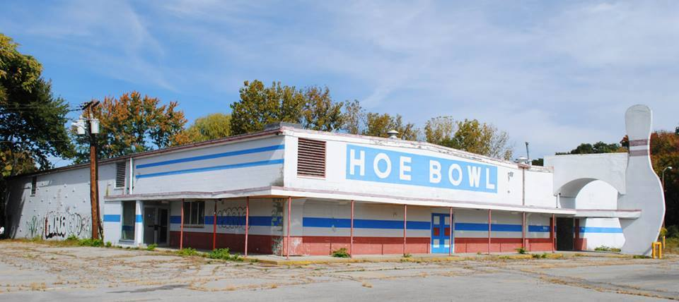 Hoe Bowl, Violet Avenue (2013) - Photo by Lila Pendragon Photography