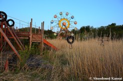 Amazing Abandoned Theme Park