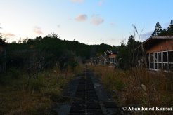 abandoned-lodging