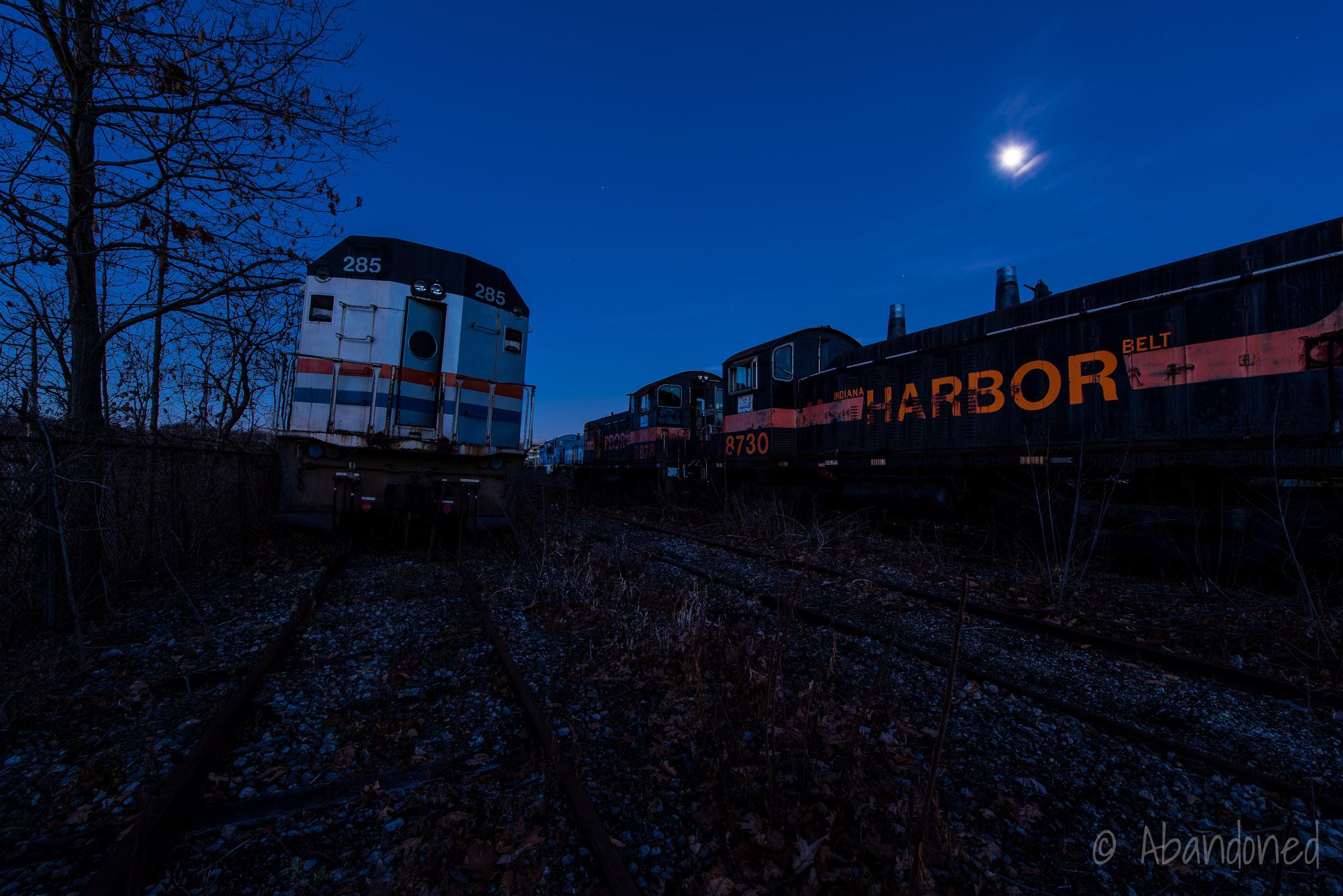 Amtrak 285 & Indiana Harbor Belt 8859