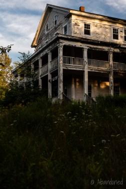 White Lake Mansion House