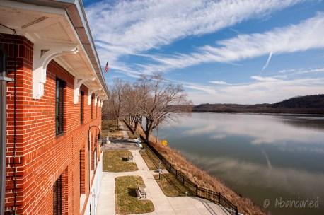Ohio River Lock No. 34