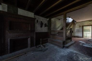 Poplar Hill Foyer