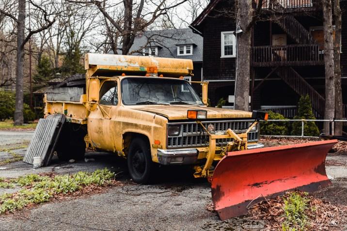 Snowplow / Maintenance Truck