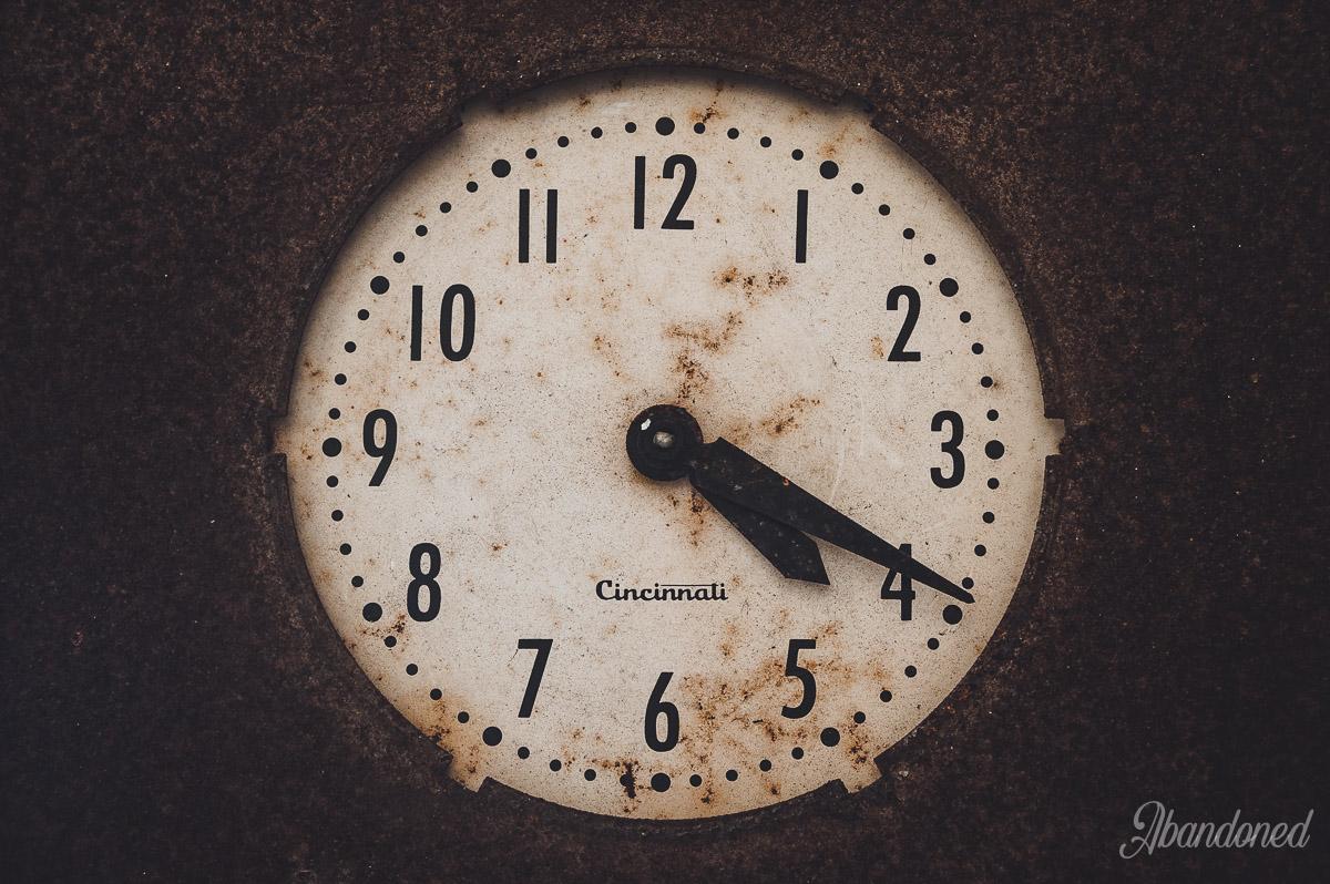 Hudepohl Brewing Company Cincinnati Clock