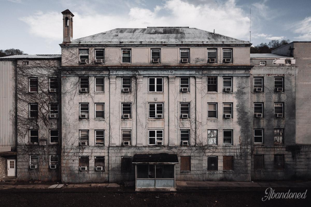 Williamson Memorial Hospital