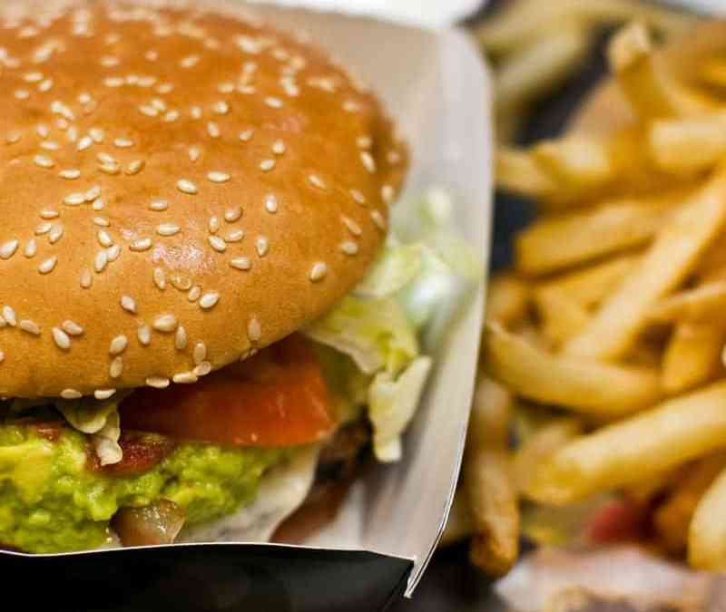 Should you Serve Food at Your Bar?