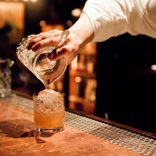 Private Bartending Dress Code: What to wear to a private party gig