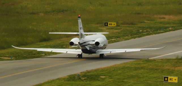 Cessna Citation Latitude taxiing