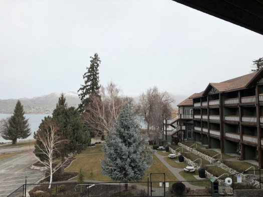 lakeside lodge and suites winter