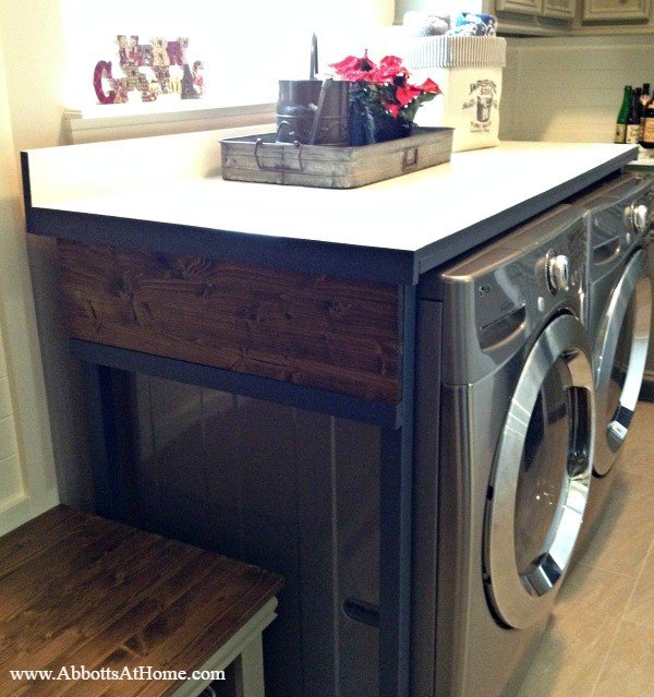 DIY Laundry Table