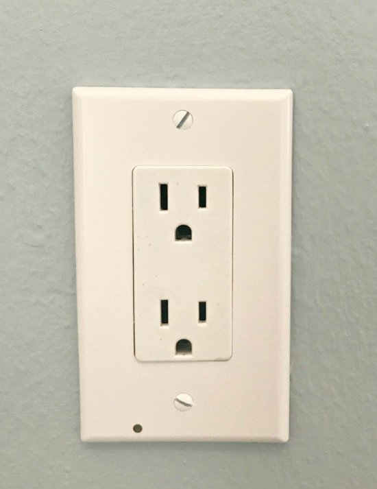 Simply unscrew your outlet cover and replace with this cover. No wiring, at all. This SnapPower Guidelight makes a great nightlight in the kids room or as a guidelight for hallways, kitchens, and bathrooms at night. I love this easy home upgrade! SnapPower Guidelight Review: Two Thumbs Up