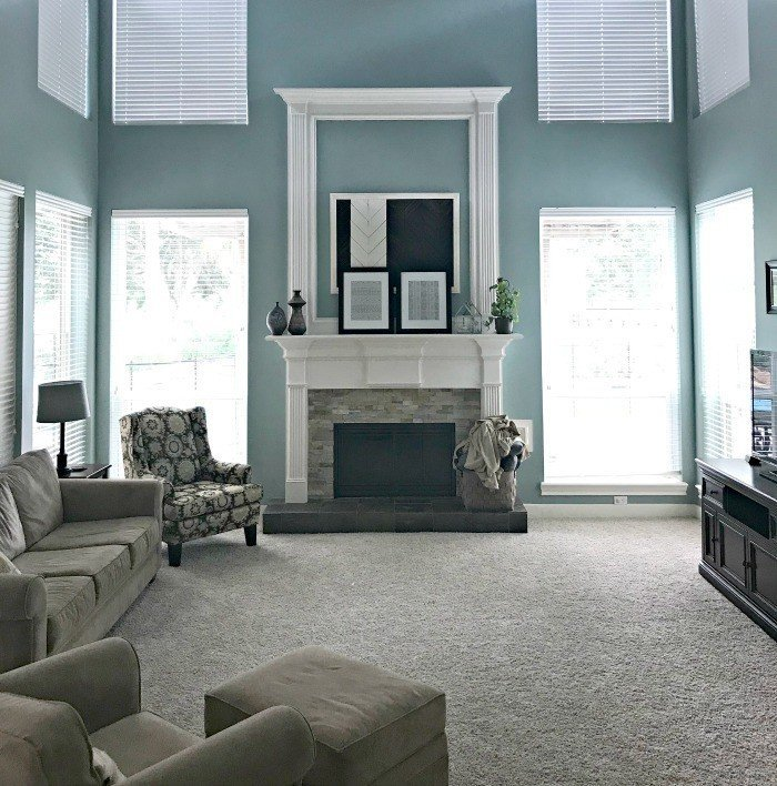 These ORC Living Room Makeover Plans are so fresh and light. Includes bright Blues and light Cream Walls with accents of pale pinks and green. #AbbottsAtHome #LivingRoom #BlueFurniture #MakeoverPlans
