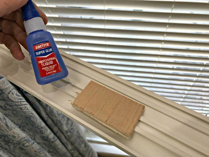 Here's a Quick and Easy DIY Fix for Broken or Lost Valance Clips, you can do in 5 minutes! Repair those wood or vinyl blinds valance clips with my favorite DIY hack product. #DIYHack #DIYProject #HomeImprovement #Blinds #AbbottsAtHome