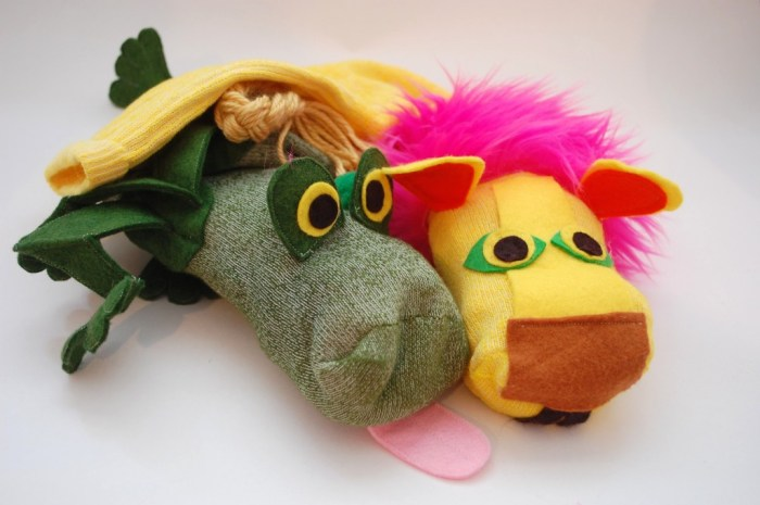 Frog and Lion Puppets