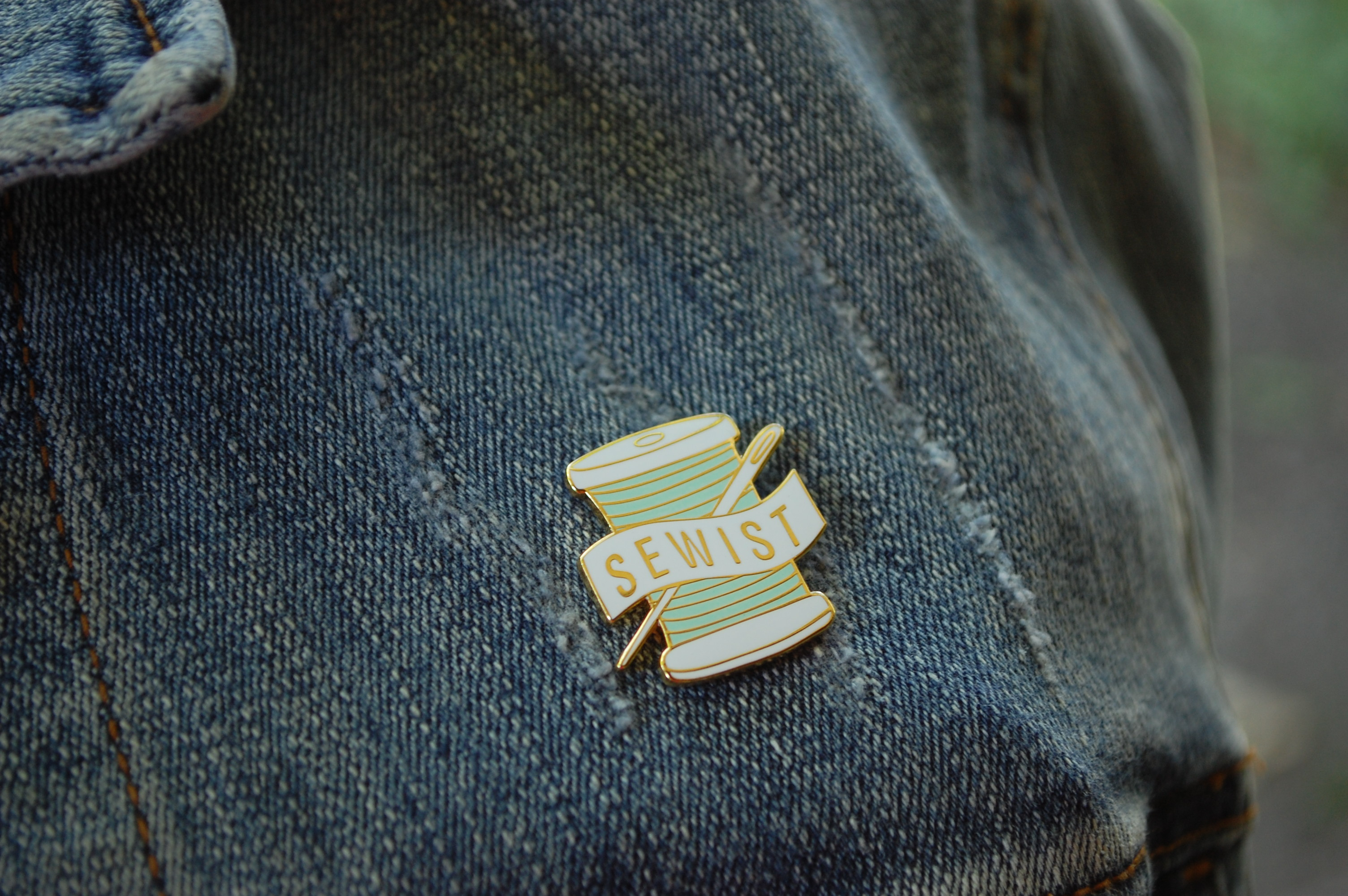Enamel Pin for Quilters