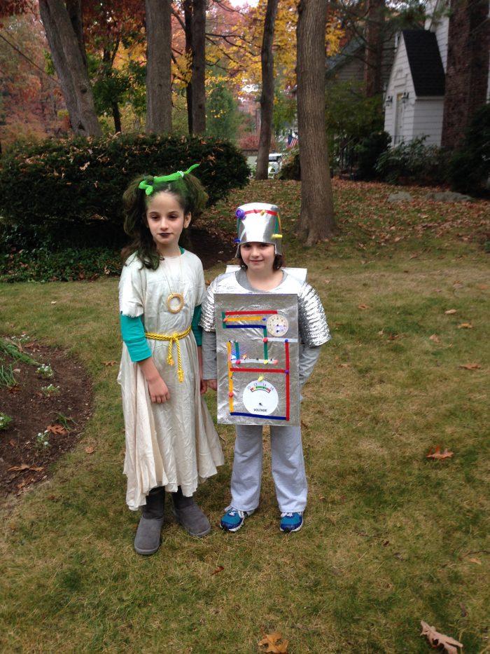 Medusah and a robot