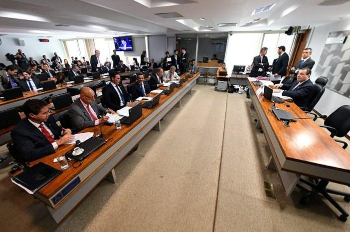 Com a aprovação pelos senadores na reunião desta terça da CAE, projeto segue para a Câmara dos Deputados. Foto: Edislon Rodrigues/Agência Senado