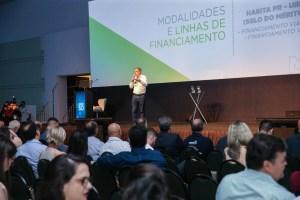 O diretor-presidente da Cohapar - Jorge Lange participa nesta sexta-feira (01),  do encontro de capacitação Governo 5.0 no Hotel Rafain Palace & Convention, em Foz do Iguaçu.  Foz do Iguaçu, 01/11/2019 -  Foto: Geraldo Bubniak/AEN