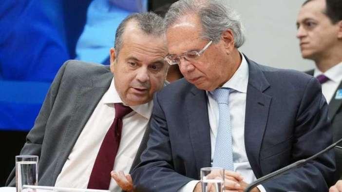 O ministro do Desenvolvimento Regional, Rogério Marinho e o ministro da Economia, Paulo Guedes. Foto: Pablo Valadares/Câmara dos Deputados