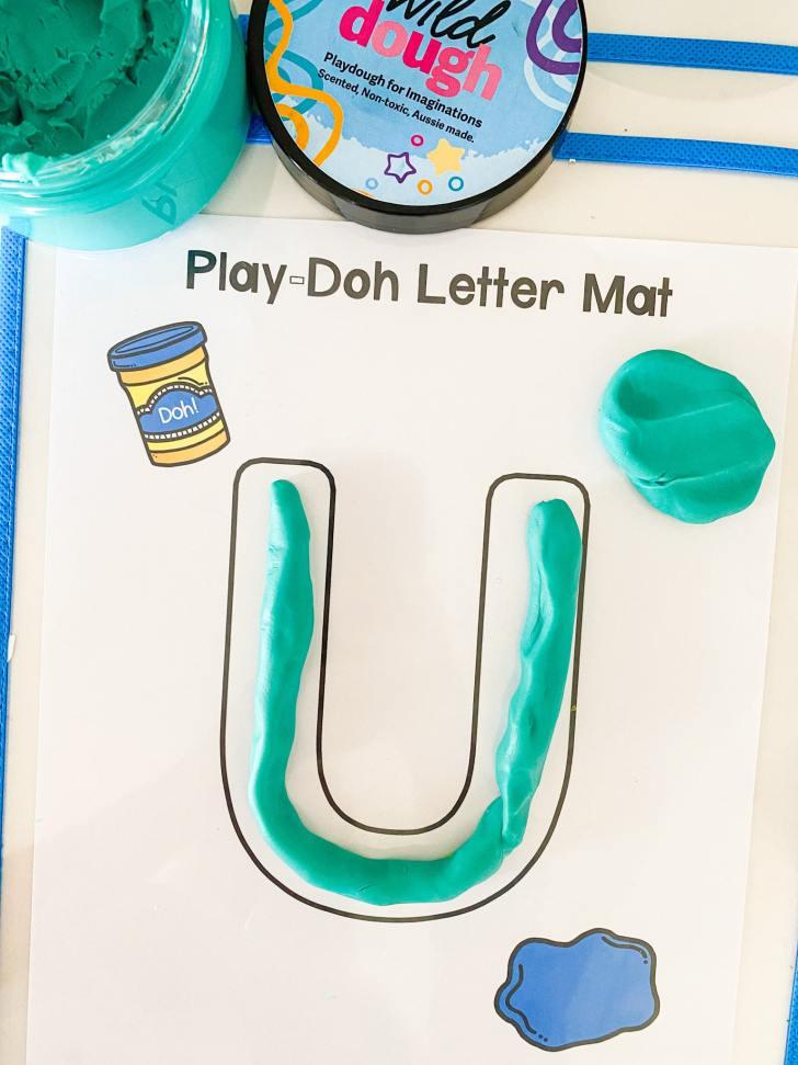 letter u play dough mat