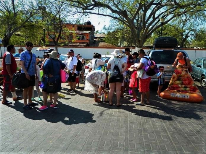 bajo-turismo-semana-zihuatanejo.jpg