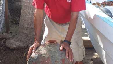 Photo of Pescador pide que INAH revise vasija que encontró en la Bahía de Zihuatanejo
