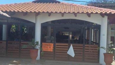 Photo of Cascada de cierres «hasta nuevo aviso» de restaurantes en Zihuatanejo