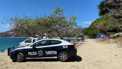 Photo of Dueños de Yates siguen siguen sin acatar restricciones en la bahía y playas de Zihuatanejo