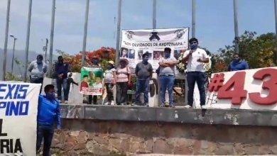 Photo of Hacen mitin en Chilpancingo a 68 meses de la desaparición de los 43