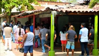 """Photo of A pesar de la aguda crisis hay miedo en locatarios del mercado """"La Marina"""" para reabrir"""