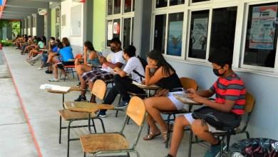 """Photo of Por la """"nueva normalidad"""" las clases en la Prepa 13 serían de manera multimodal"""